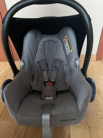 Fotelik samochodowy- nosidełko Maxi Cosi Carbiofix