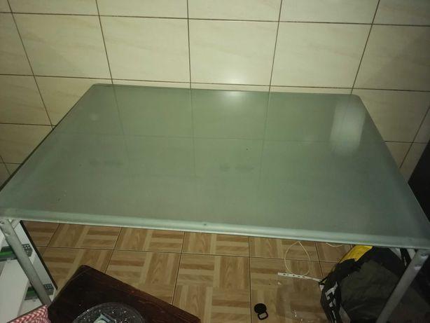 Stół szklany Ikea