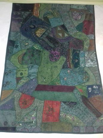 Tapeçarias artesanais Indianas muitas cores