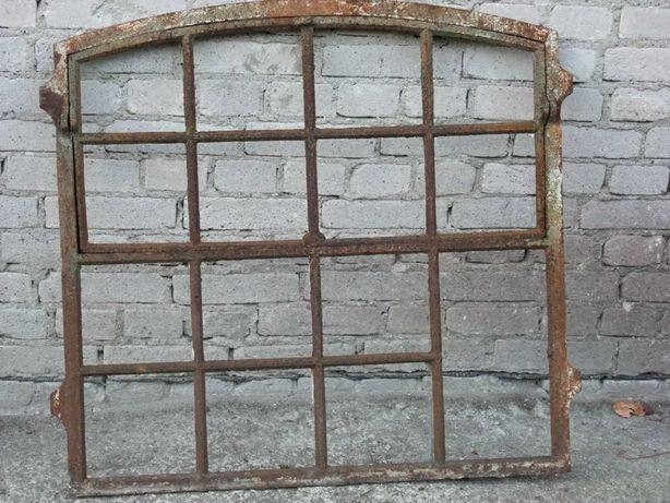 Stare okno łukowe żeliwo