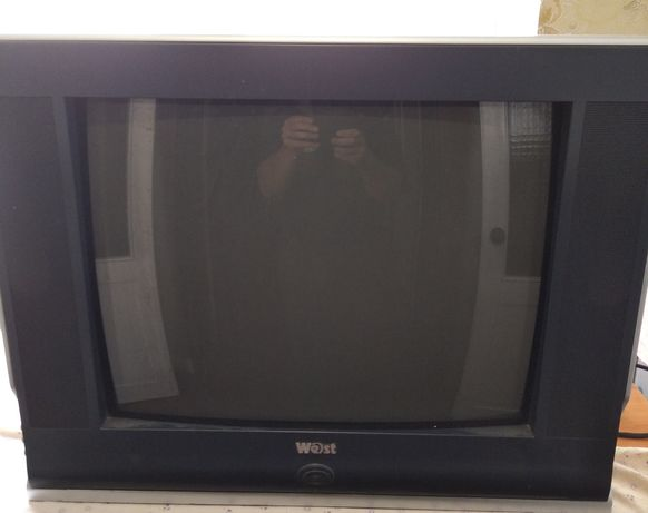 Продам телевизор west