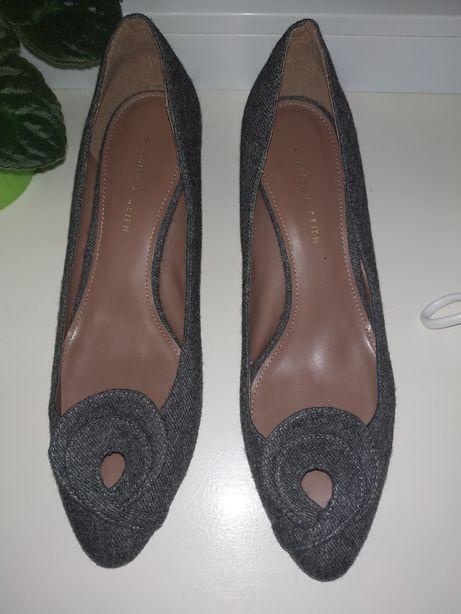 Туфли Charles & Keith 39 размер