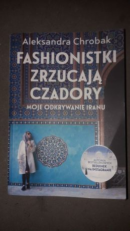 Fashionistki zrzucają czadory A. Chrobak