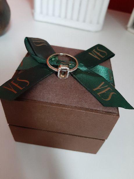 YES Verona złoty pierścionek z kwarcem dymnym rozmiar 15