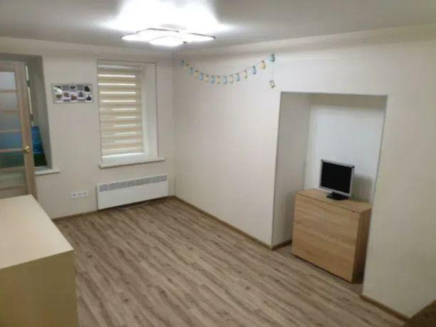 Продам однокомнатную квартиру с евроремонтом в центре