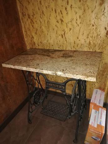 Stolik ze starej maszyny do szycia