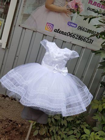 Пышное нарядное платье сукня плаття белое костюм снежинка снiжинка