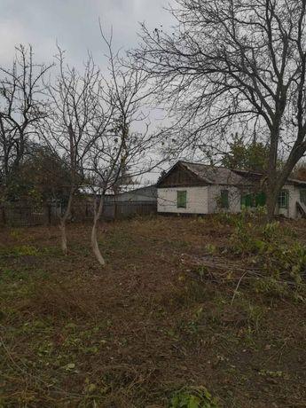 Продам ветхий дом с участком по Жукова в Болшой Кахновке