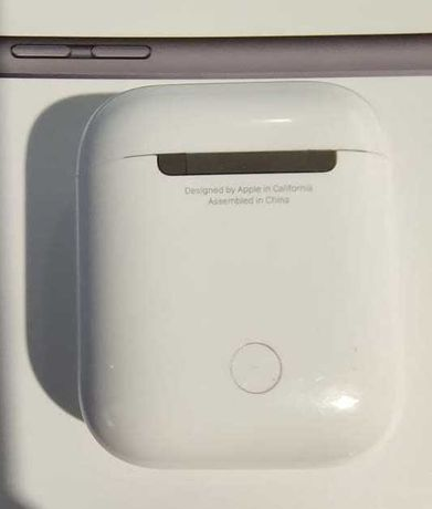 Зарядный кейс case Apple A1602 для Airpods