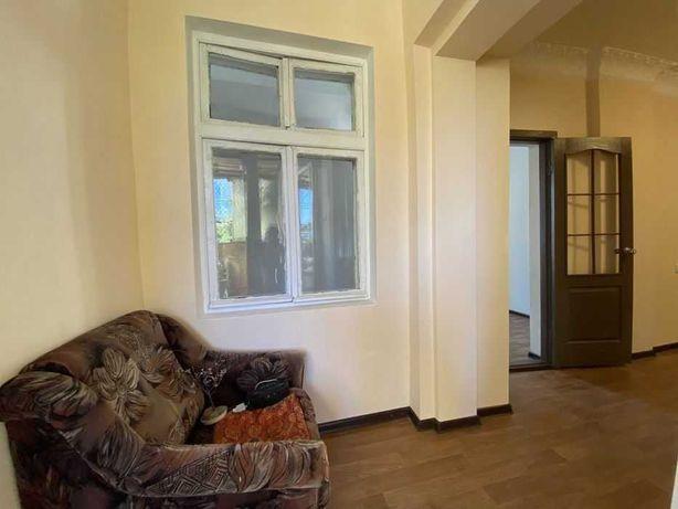 ЛФ-10  3х комнатная квартира  возле сквера