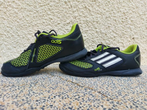 Chuteiras Adidas 5 X-Ite