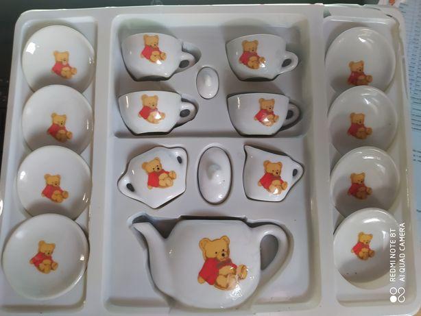 Serwis do herbaty dla dzieci z porcelany