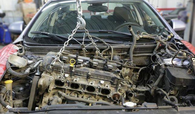 Ремонт мотора двигателя авто двигуна мотору автомобиля автомобіля