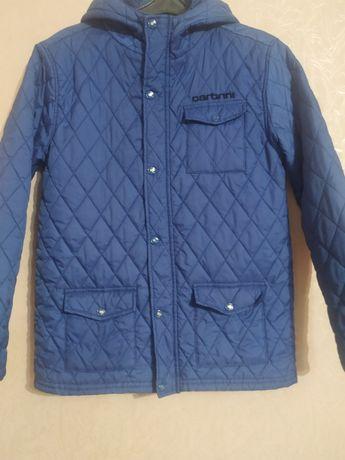 продам легкую демисезонную куртку Carbrini(xl.14-15) на р.158-164