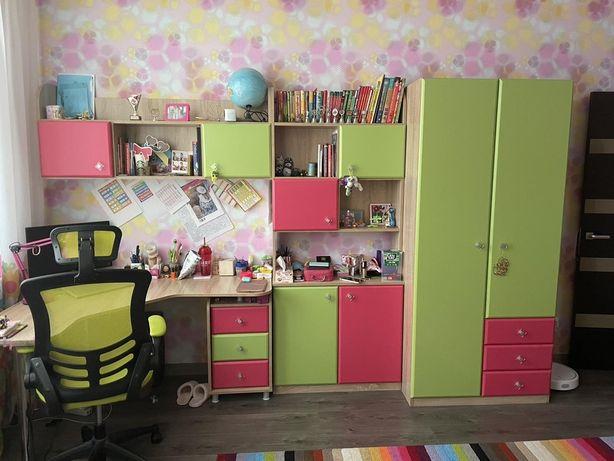 Продам б/у мебель в детскую фирмы Snite, матрас и кресло в подарок
