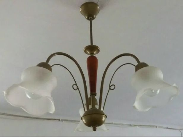 Żyrandol lampa klosze