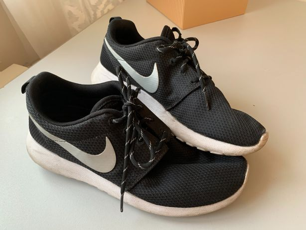 Nike Roshe run 39