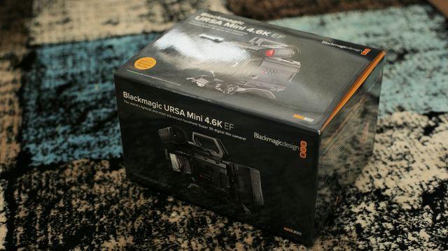 Kamera Ursa MINI 4.6K EF + V-mount Super 35mm FV
