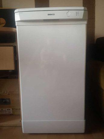 Посудомоечная ВЕКО DSFS 1530 S - узкая, отдельно стоящая, 10 компектов