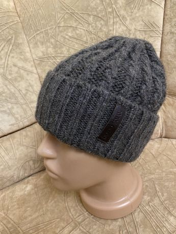 Armani шапка