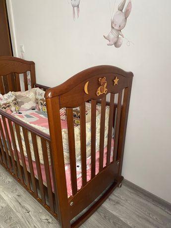 Ліжечко дитяче масив