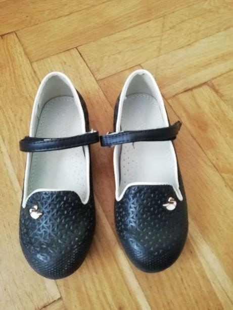 Туфли на девочку, туфлі на дівчинку. Туфельки