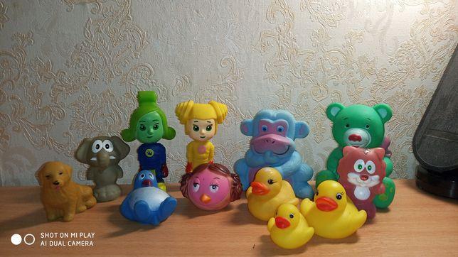 Резинові іграшки