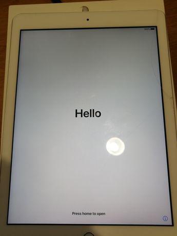 Продам планшет Ipad 32Gb