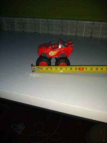 Samochodzik Blaze czerwony