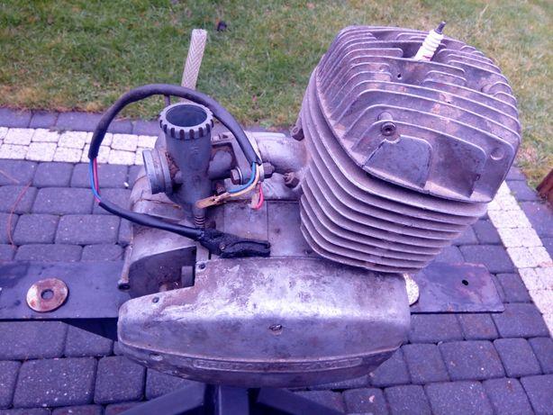Silnik wsk 175 z gaźnikiem
