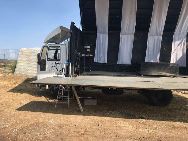 Camião palco vendo
