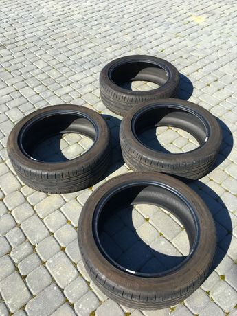 Opony Continental 235/45R19