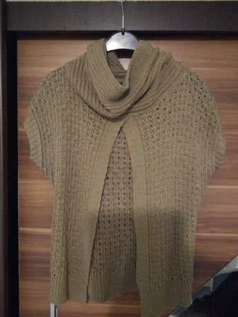 Sweter/ narzutka z golfem