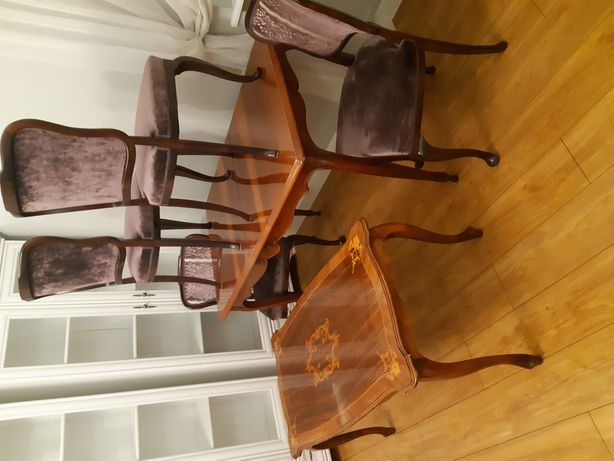 Stół i krzesła ..