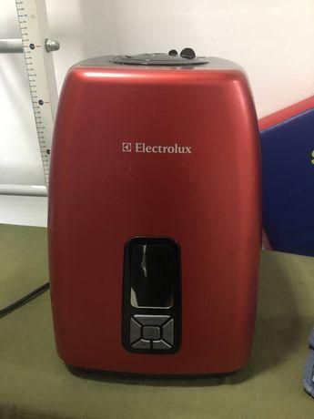 Увлажнитель воздуха ультразвуковой Electrolux EHU-5525D terracotta