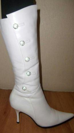 Сапоги белые кожаные с