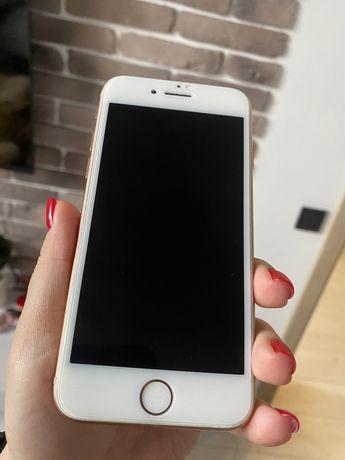 Iphone 8 на 64 гб