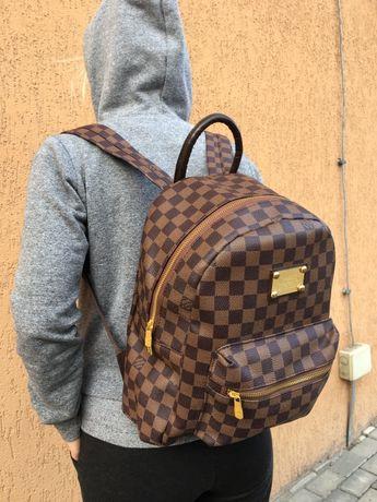 Рюкзак Louis Vuitton / Gucci