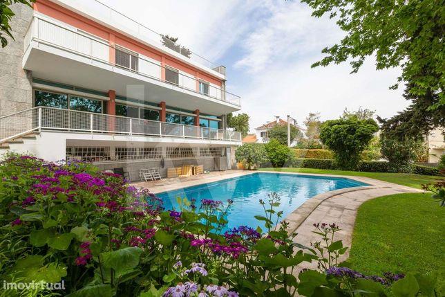 Moradia Unifamiliar - Jardim - Piscina - Rooftop com vista sobre o rio