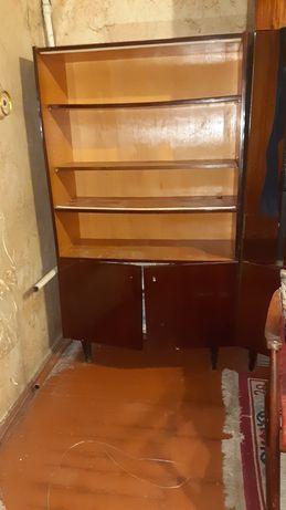 СРОЧНО!Шкаф в отличном состоянии