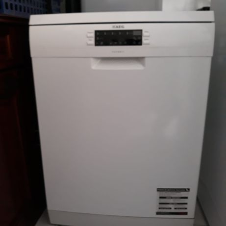 Máquina de Lavar Loiça (AEG)