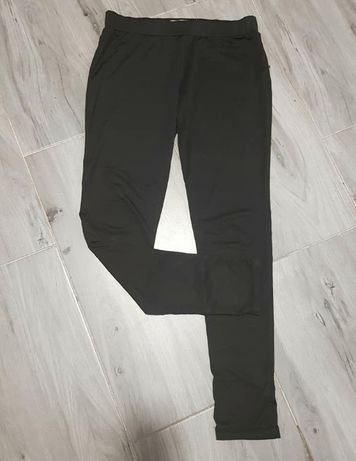 Bershka 38 M czarne legginsy lycra