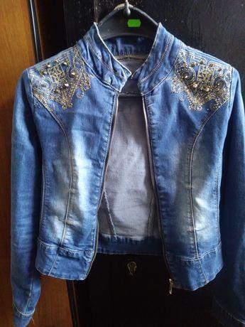 Джинсовка джинсова куртрчка розмір М 44