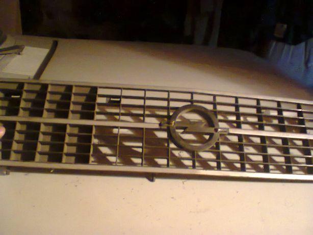 решетка радиатора опель печка бензобак