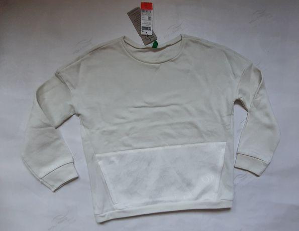 Свитшот теплый новый свитер с начесом р.130 benetton