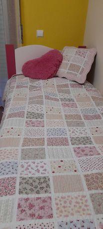Conjunto de cama para criança