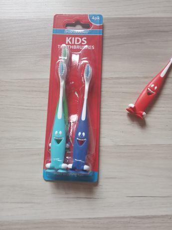 Новая Детская зубная щётка