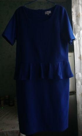 Стрейчевое нарядное платье р. 48