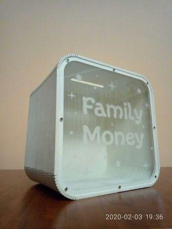 Подарунок на весілля, копілка, сімейний бюджет (копилка)