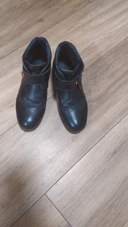 Кожаные демисезонные ботинки на мальчика